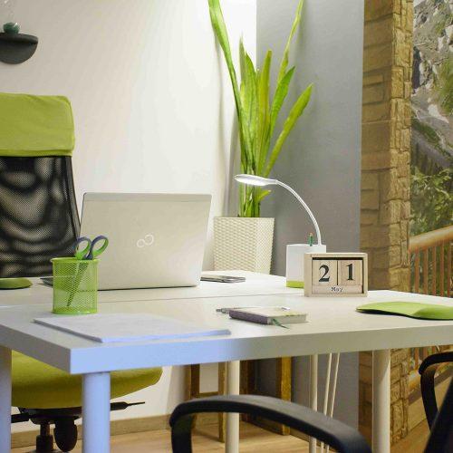Szalontai Kata lakberendező - iroda dekoráció tervezés és készítés